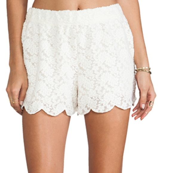 Free People Pants - Free People Scallop Lace White Shorts Size Medium